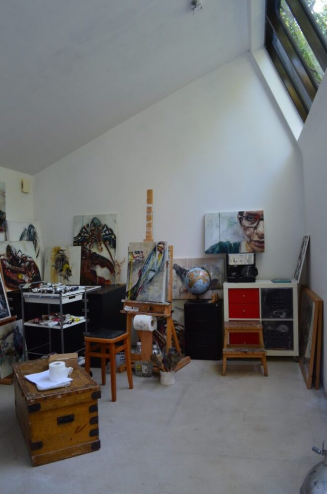 08-Paintings-in-the-studio-678x1024